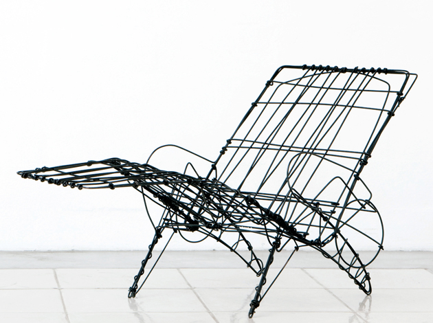WIRE SKETCH CHAIR